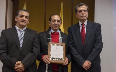 Justo reconocimiento al Dr. Carlos Solarte Portilla